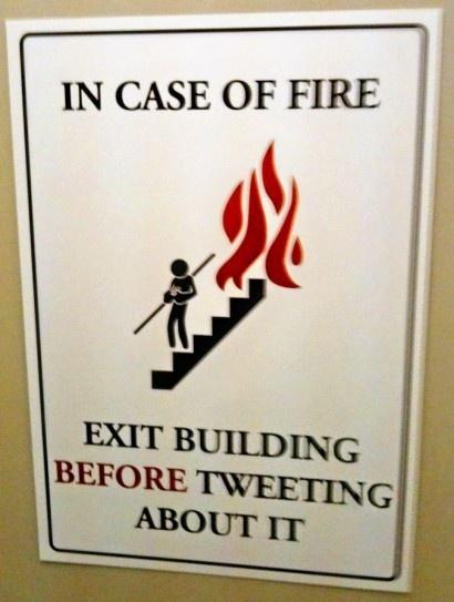Tweet building